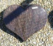 Brun poleret hjerte 40 x 30 cm Pris 2950 kr