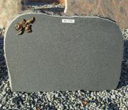 Sort svensk slebet med bronzerose - 49x35 cm. Pris 2700kr