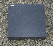 Sort svensk poleret stokhugget kant 47 x 35 cm Pris 4200 kr.